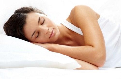 astuces-pour-dormir-rapidement-500x328
