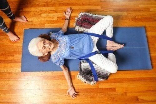 femme-yoga-500x333