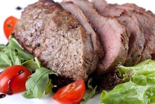 La viande contre le mal de tête.