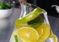 nettoyez-vos-reins-et-combattez-vos-calculs-avec-cette-boisson-100-naturelle-500x288