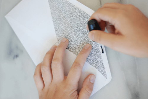 fermer-enveloppes-500x334