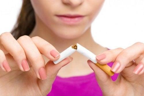 La règle comme a cessé de fumer