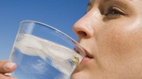 L'eau pour éliminer votre cellulite.