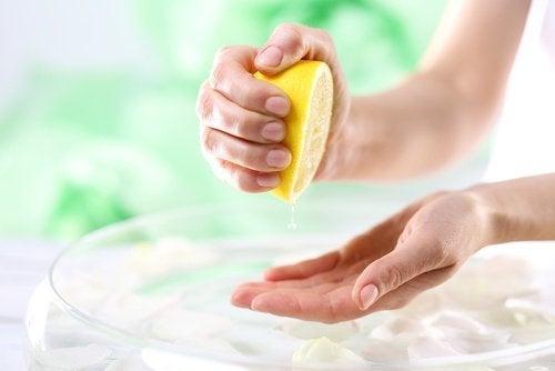 utiliser le citron contre les taches