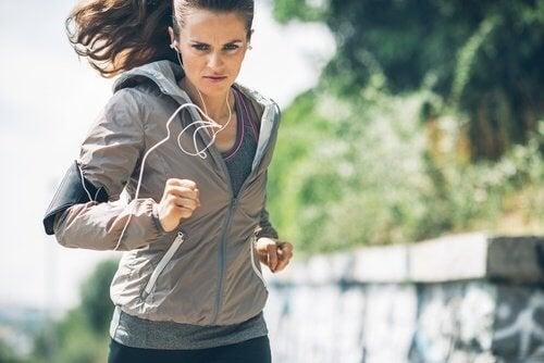 Courir 1 heure par jour prolonge notre durée de vie