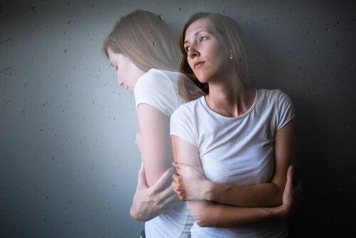 Tristesse et causes de la dépression.