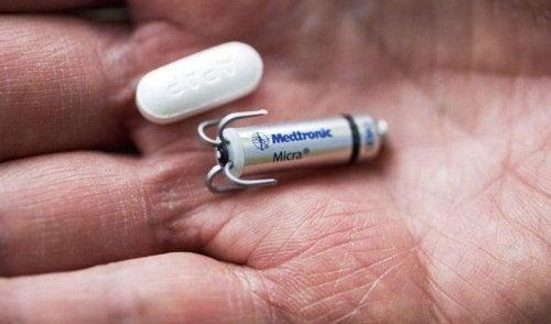 Micra : le plus petit pacemaker du monde qui s'implante sans chirurgie