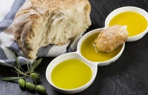 Le pain à l'huile d'olive : une combinaison parfaite