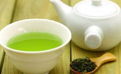 Comment profiter des bienfaits du thé vert