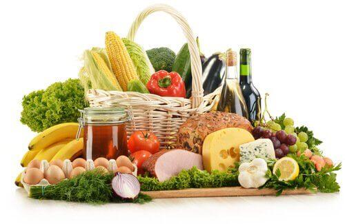 Régime alimentaire pour éviter les douleurs causées par les varices.
