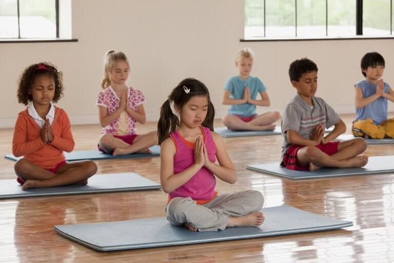 classe-enfants-yoga