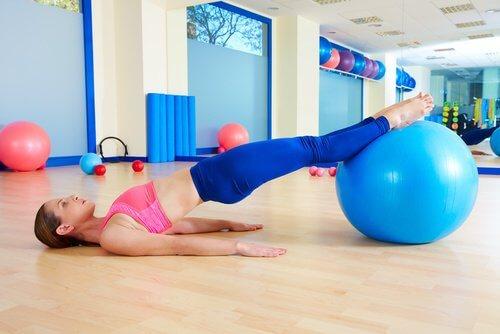 6 exercices que vous pouvez faire chez vous pour améliorer votre santé