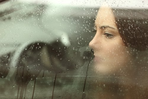 8 astuces naturelles pour combattre la tristesse et le mal-être