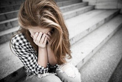 adolescente-deprimee