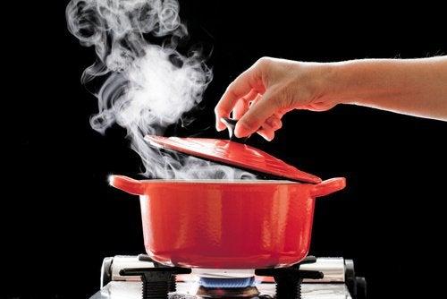 brûlures à l'eau chaude au deuxième degré