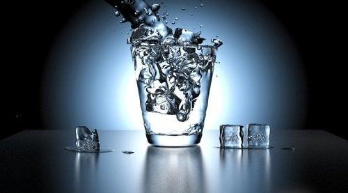 les signes d'alerte du diabète : boire plus d'eau