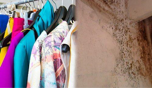 Déposez vos vêtements usagés dans un conteneur de vieux vêtements.