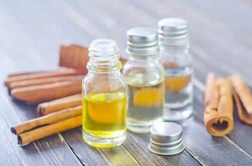 méthodes naturelles pour éliminer le cérumen : huile de parrafine