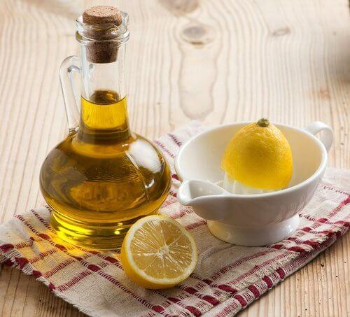 le citron et l'huile d'olive pour éliminer les stries