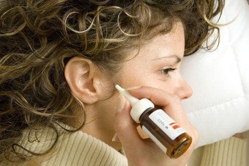 7 méthodes naturelles pour éliminer le cérumen des oreilles