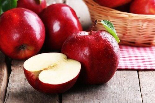Les pommes contre la graisse.