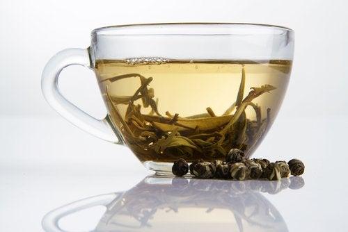 Thé blanc anti-graisses.