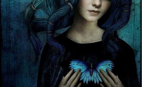 femme-coeur-papillon-500x308