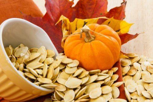 8 raisons de consommer des graines de citrouille