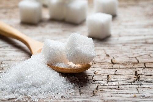 recommandations pour contrôler la rétention d'eau : Consommer peu de sucre et de sel
