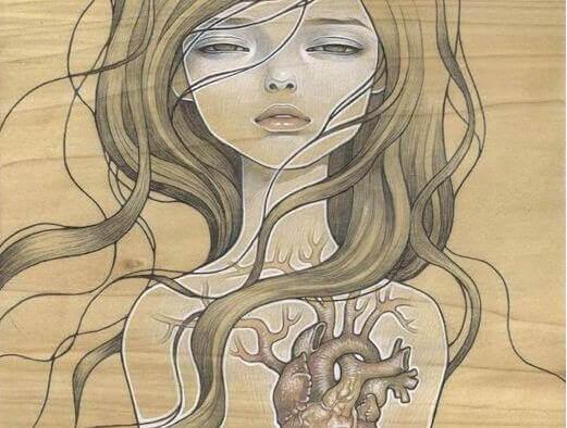 femme-avec-coeur