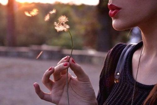 Règles de vie : vivez sans appartenir, aimez sans dépendre et parlez sans offenser