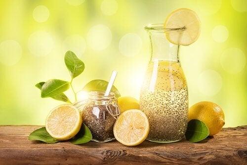 Comment perdre du poids en un mois avec du citron, du gingembre et des graines de chia ?