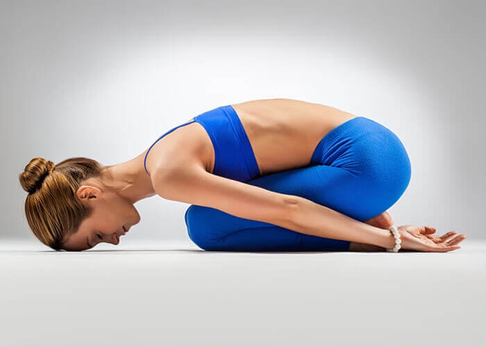 exercices simples pour améliorer la digestion : position dufoetus