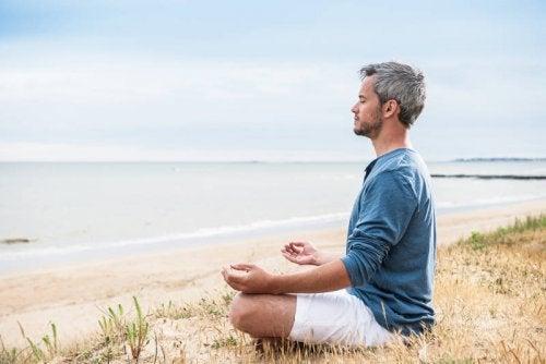 anxietes-remedes-yoga-meditation