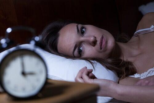 femme qui est insomniaque
