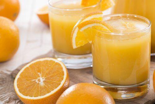 8 symptômes qui vous avertissent d'une carence en vitamine C