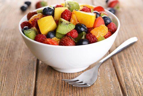 fruits-salades-ventre-gonfle