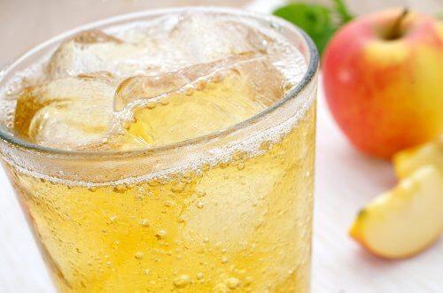 Est-il mauvais de mettre des glaçons dans ses boissons ?