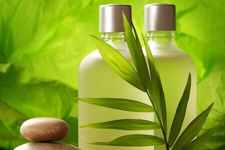 shampoing pour traiter les cheveux secs