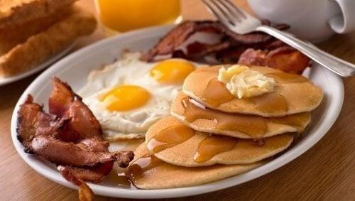 5 aliments à éviter au petit-déjeuner