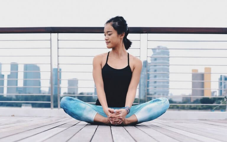 posture du dos pour soigner la douleur du nerf sciatique