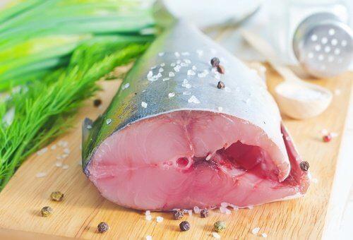 Le thon aide à lutter contre les triglycérides élevés.