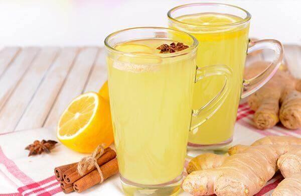 Jus d'orange et de gingembre pour détoxifier le foie