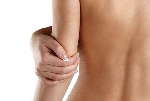 4 astuces pour réduire la peau sèche