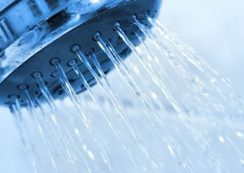 l'eau froide remède simple contre la vaginite bactérienne