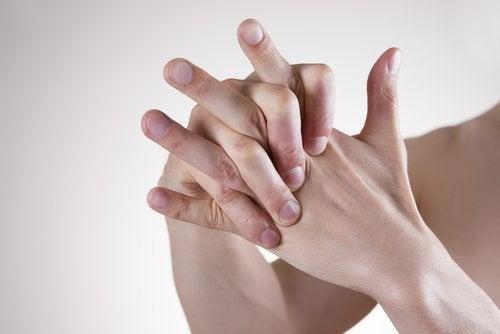 croisement de mains