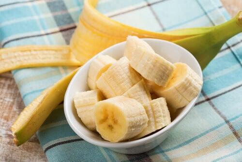 Smoothie au gingembre et à la banane.