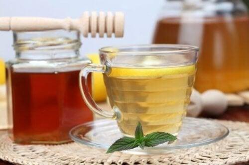 Cellulite : un remède au vinaigre de pomme et au miel