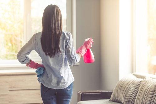 Les risques de trop nettoyer votre maison - Améliore ta Santé