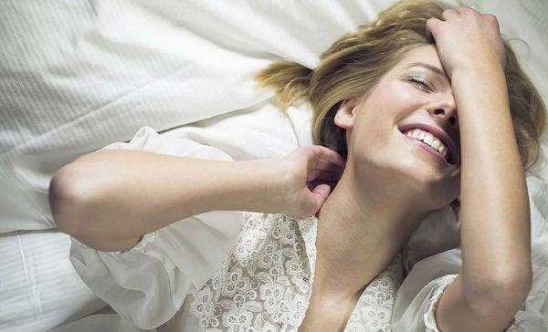 informations sur la masturbation féminine : améliore le moral